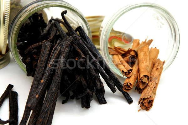 Baunilha feijões canela casca vidro Foto stock © bendicks