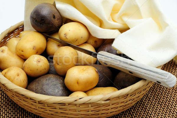 Nuevos patatas pequeño amarillo púrpura Foto stock © bendicks