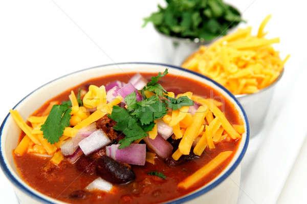 Primer plano chile frijoles cerámica tazón cebolla Foto stock © bendicks