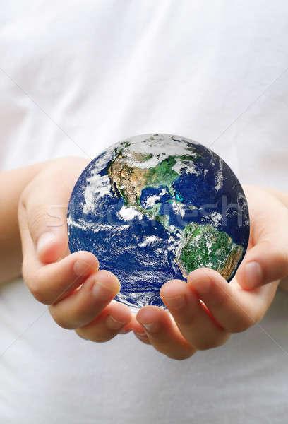 Foto stock: Planeta · mãos · bola · crianças · bebê · mar