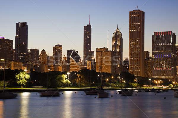 Foto stock: Chicago · verão · linha · do · horizonte · lago · arquitetura · arranha-céu