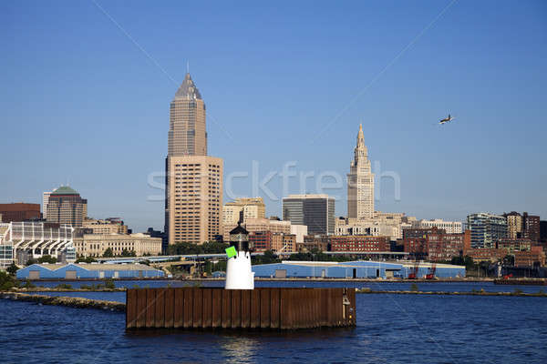 Little plane flying over Cleveland Stock photo © benkrut