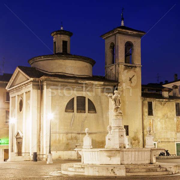 Arhitectura veche biserică călători orizont arhitectură urbanism Imagine de stoc © benkrut