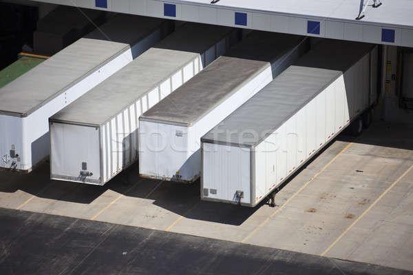 Camion blanche entrepôt transport Photo stock © benkrut