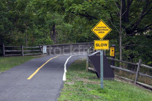 Stock fotó: Vigyázat · gyalogos · felirat · motorosok · völgy · fa