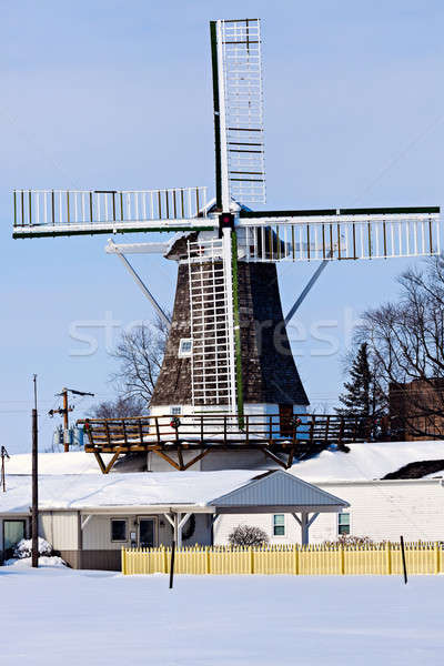 Moulin à vent or Illinois États-Unis hiver temps Photo stock © benkrut