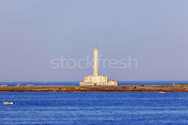 Vuurtoren ochtend natuur zee boot skyline Stockfoto © benkrut