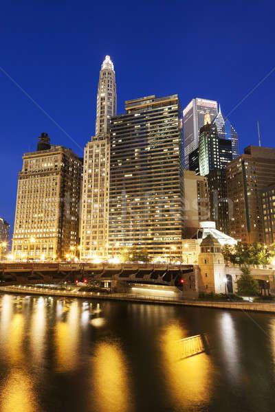 Foto stock: Chicago · arquitetura · rio · pôr · do · sol · céu · arranha-céu