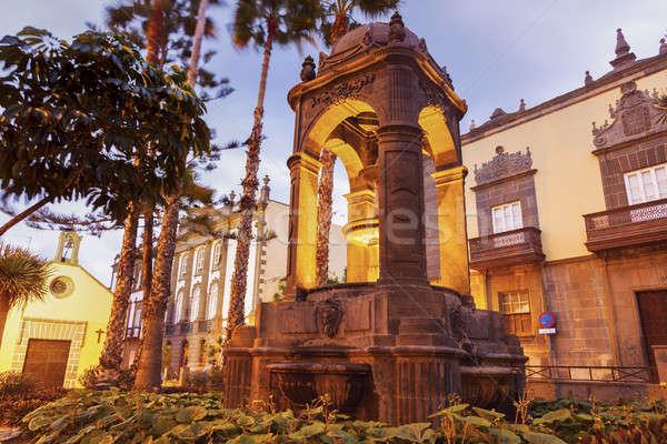 Fontana città vecchia Spagna costruzione Foto d'archivio © benkrut
