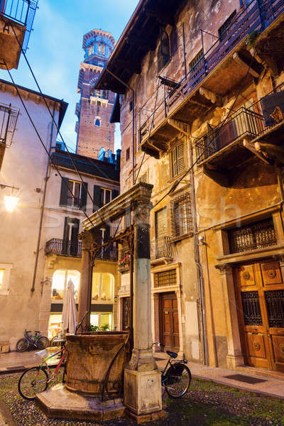 Lamberti tower in Verona Stock photo © benkrut