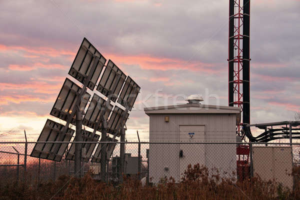 Cellulaires coucher du soleil temps câble Photo stock © benkrut