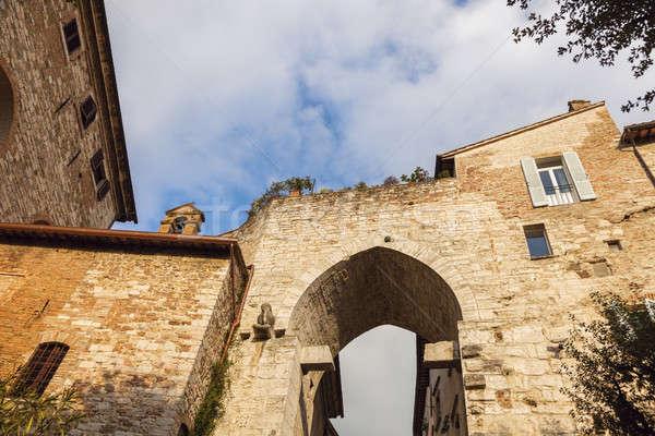 Arch cancello casa strada viaggio skyline Foto d'archivio © benkrut