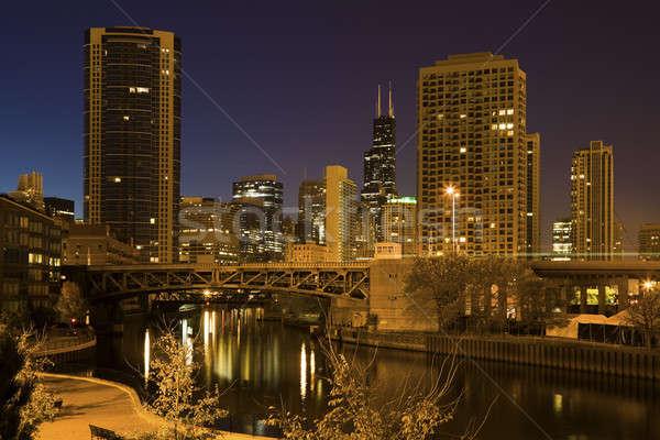 Chicago rivière ville gratte-ciel arbre pont Photo stock © benkrut