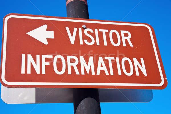 Visitatore informazioni cielo blu segno blu Foto d'archivio © benkrut
