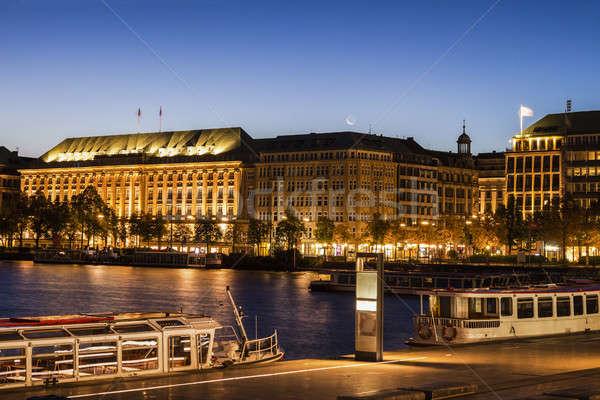 Hamburgo ciudad horizonte lago Europa paisaje urbano Foto stock © benkrut