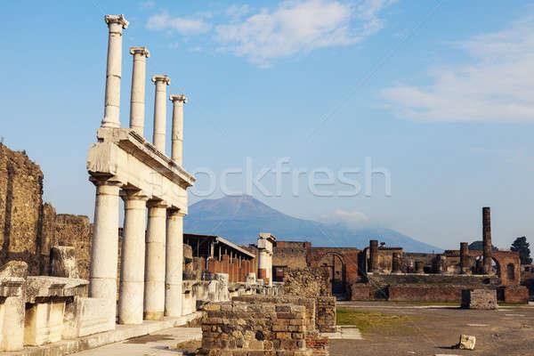 Ruínas viajar linha do horizonte arquitetura antigo coluna Foto stock © benkrut