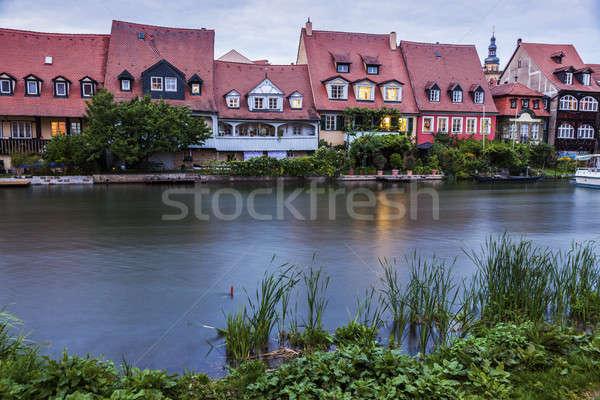 Arhitectura veche râu cer oraş albastru călători Imagine de stoc © benkrut