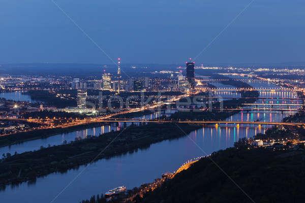 Ufuk çizgisi şehir Viyana köprüler tuna nehir Stok fotoğraf © benkrut