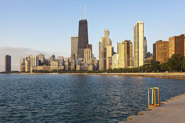 Chicago nyár napfelkelte arany part épületek Stock fotó © benkrut