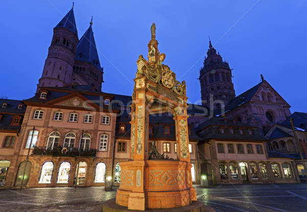 Mainzer Dom St.Martin and Market Well  Stock photo © benkrut
