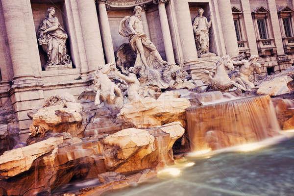 Trevi Çeşmesi Roma şehir seyahat kentsel bulanıklık Stok fotoğraf © benkrut