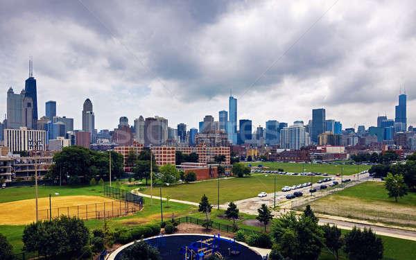 Nuageux jour Chicago Illinois centre-ville Skyline Photo stock © benkrut