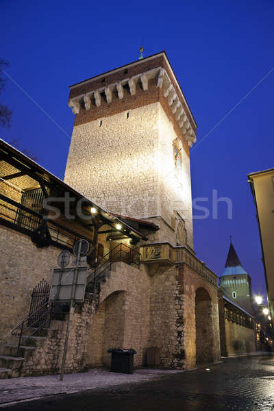 Puerta cracovia pared viaje noche ladrillo Foto stock © benkrut