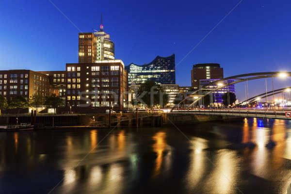 Hamburgo Alemania ciudad horizonte Europa Foto stock © benkrut