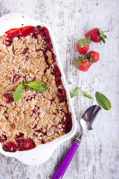 Erdbeere Hintergrund rot Farbe weiß pie Stock foto © bernashafo