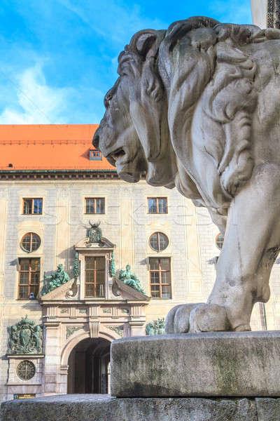 Munique leão estátua cidade campo arquitetura Foto stock © Bertl123