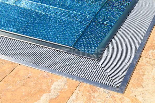 Perem modern úszómedence víz háttér medence Stock fotó © Bertl123