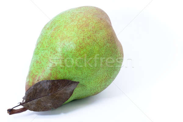 Green Pear with leaf Stock photo © Bertl123