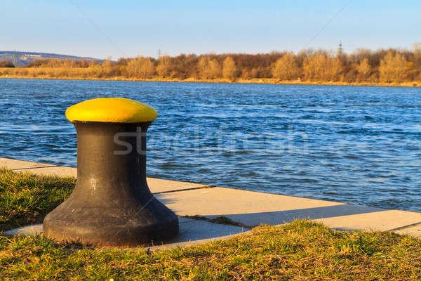 Geleneksel gemi iniş yer tuna nehir Stok fotoğraf © Bertl123