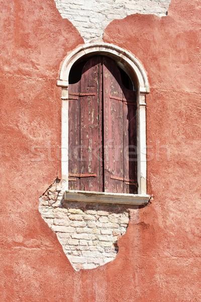 Velencei homlokzat fából készült ablak Velence Olaszország Stock fotó © Bertl123
