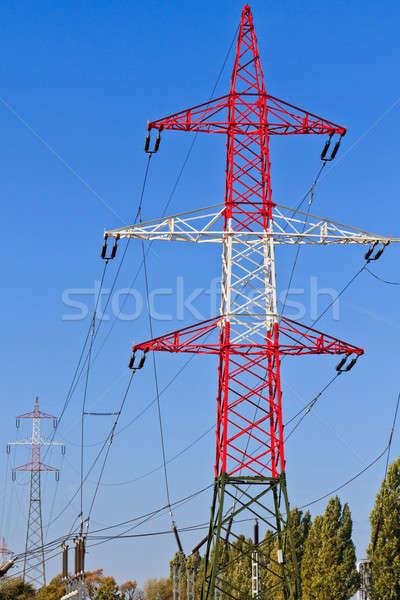 électrique tour utilitaire pôle pouvoir nuageux Photo stock © Bertl123