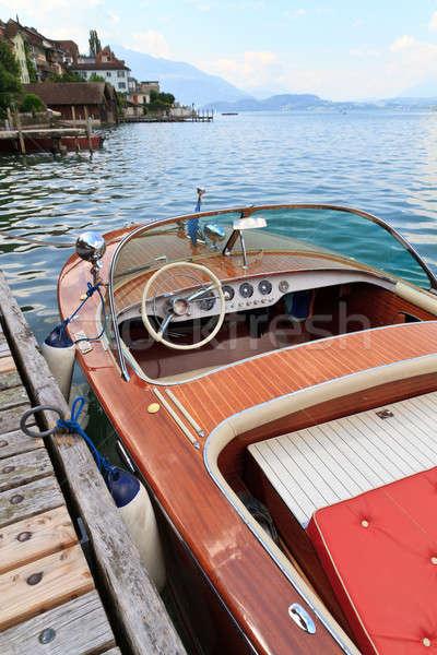 クラシカル 木製 モーターボート 高山 湖 木材 ストックフォト © Bertl123