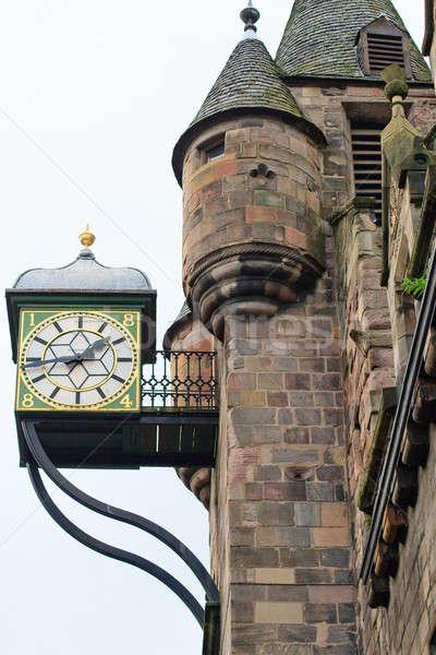 Edinburgh ház homlokzat részlet vasaló óra Stock fotó © Bertl123
