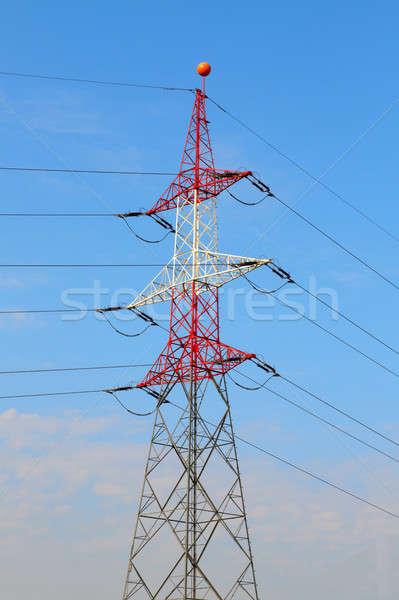 Elétrico torre utilidade pólo poder nublado Foto stock © Bertl123