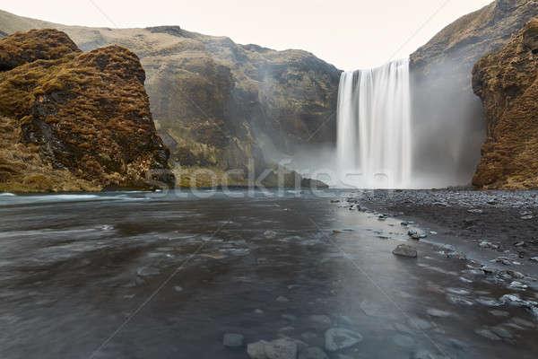 Manzara çağlayan muhteşem İzlanda aşağı uçurum Stok fotoğraf © bezikus