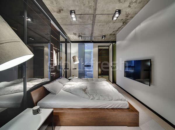 Yatak odası çatı katı stil oda beyaz duvarlar Stok fotoğraf © bezikus