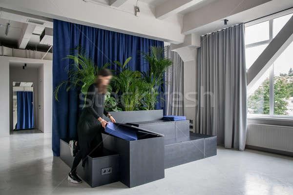 Stijlvol interieur vliering stijl grijs muren Stockfoto © bezikus