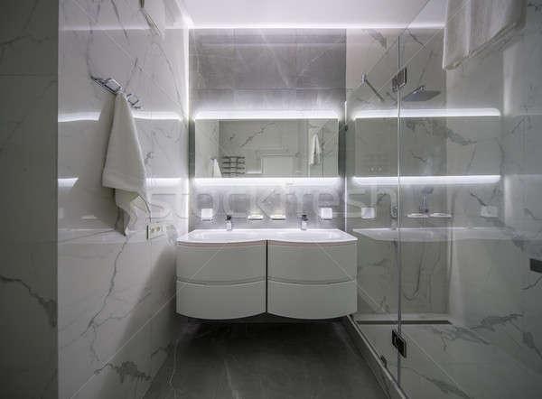 Lumière salle de bain style moderne élégant modernes carrelage Photo stock © bezikus