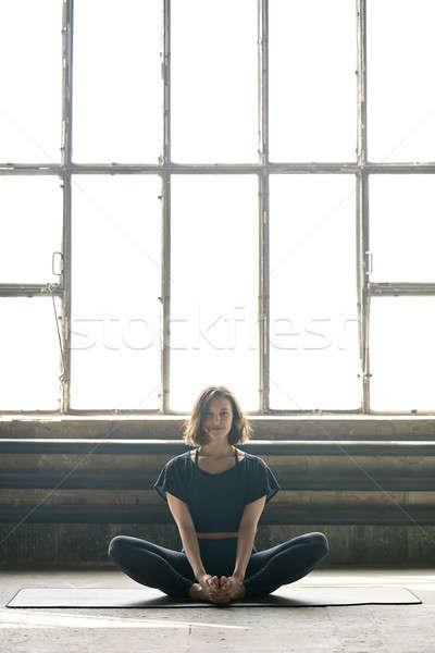 Kız yoga eğitim gülen siyah Stok fotoğraf © bezikus