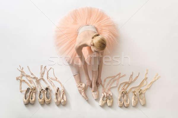Szőke nő ballerina stúdió szép fehér padló Stock fotó © bezikus