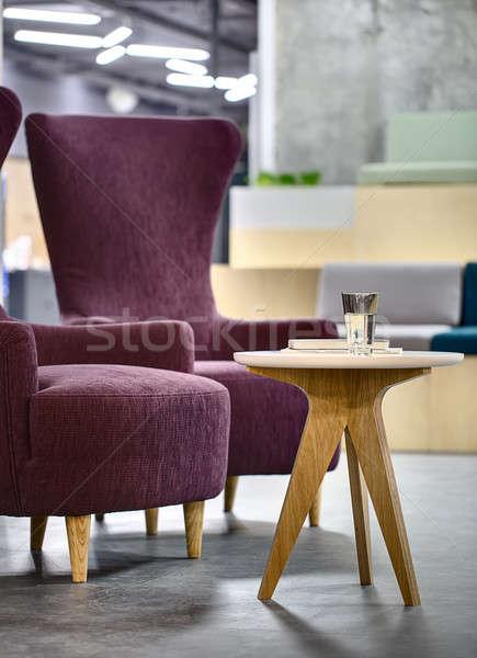 Mesa dos púrpura pequeño mesa de madera vidrio Foto stock © bezikus