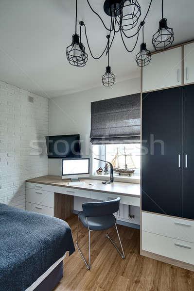 Camera da letto stile moderno moderno luce muri piano Foto d'archivio © bezikus