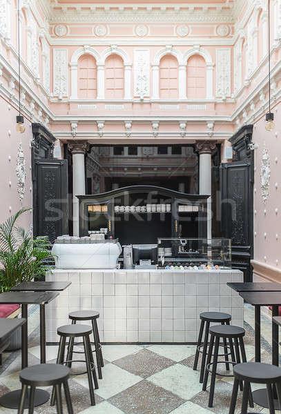 Restaurant stuc carrelage blanche rack café Photo stock © bezikus