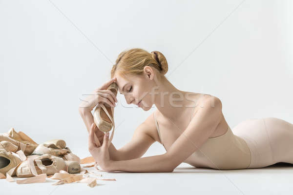 Stock photo: Ballerina with pointe shoes
