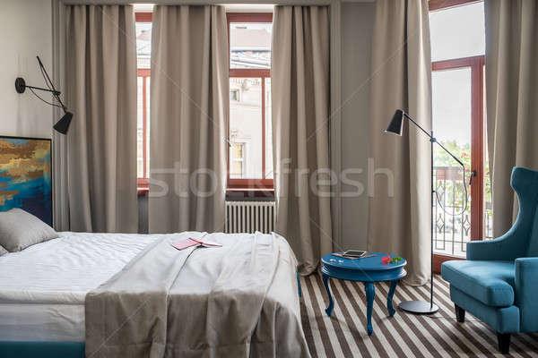 スタイリッシュ トレンディー 光 壁 縞模様の ストックフォト © bezikus