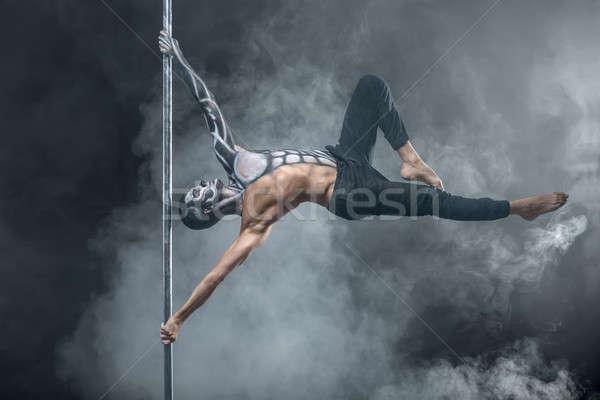 男性 ポール ダンサー ポーズ 暗い スタジオ ストックフォト © bezikus